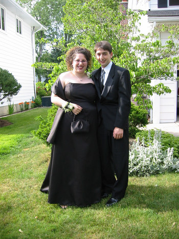 Anna_and_jake_on_prom_night